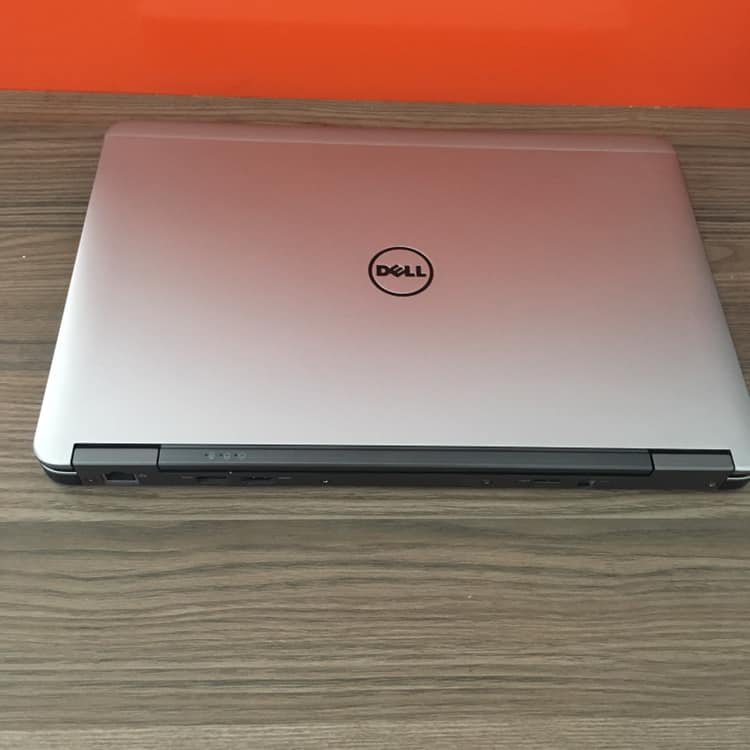 Laptop DELL E7240 i7